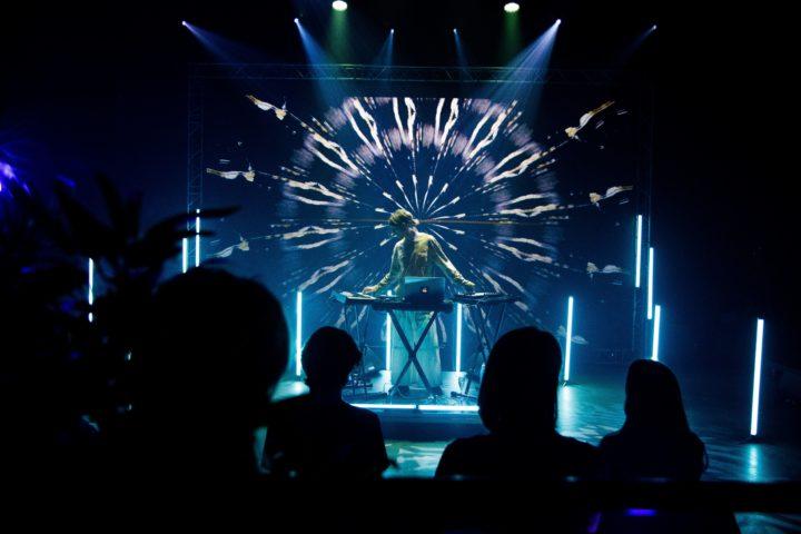 Kurs i musikkproduksjon og visuals med Niilas og Didrik